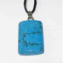 Halskæde med Howlit vedhæng, farvet