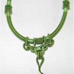 Halskæde, knyttet til vedhæng Grøn 2.