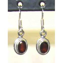 Sølv øreringe med Granat
